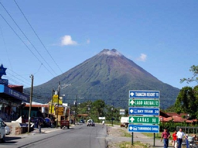 Arenal Volcano Packages