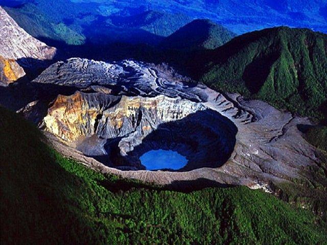Poas Volcano Tours